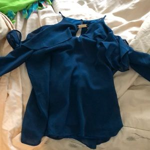 blue open shoulder long sleeve blouse
